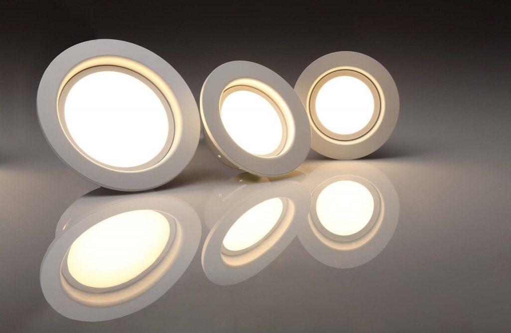 LED луни осветление